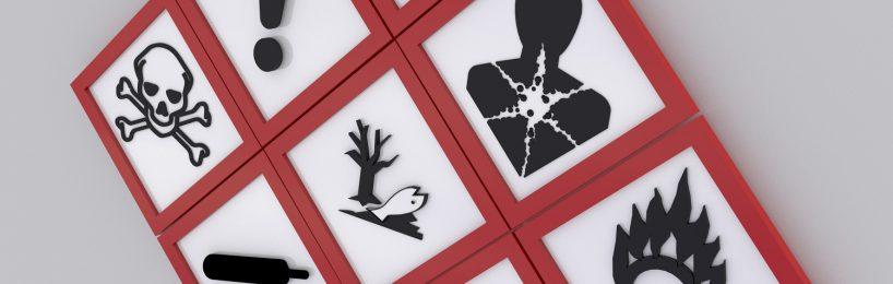 Warnzeichen bei Gefahrgut: Auch sie gehören ins Sicherheitsdatenblatt