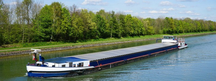 Binnenschiffer auf dem Mittellandkanal