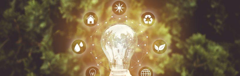 die verschiedenen Vorteile von Energiemanagement, konzentrisch um eine leuchtende Glühbirne angeordnet