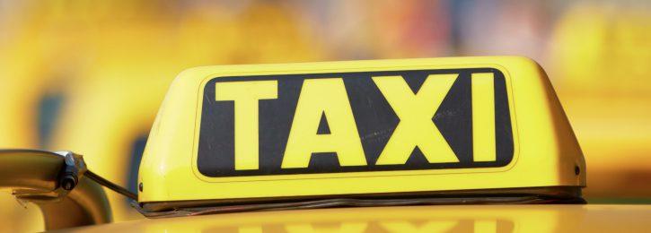 gelb-schwarzes Taxischild