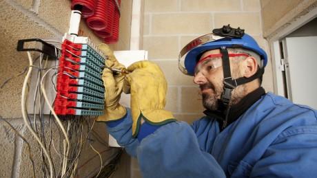 Schutzausrüstungen für Elektrofachkräfte