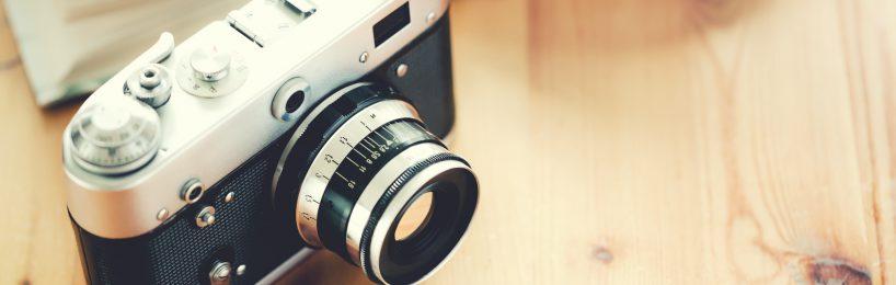 Kamera auf Schreibtisch