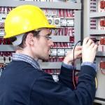 Schutzhelme für elektrotechnische Arbeiten