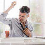Eine hohe Temperatur am Arbeitsplatz gefährdet Gesundheit und Effizienz der Arbeitnehmer.