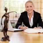 Rechtsanwaltskosten: Kein Geld vom Arbeitgeber ohne BR-Beschluss