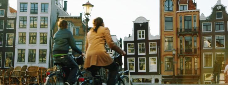 Pärchen auf dem Rad