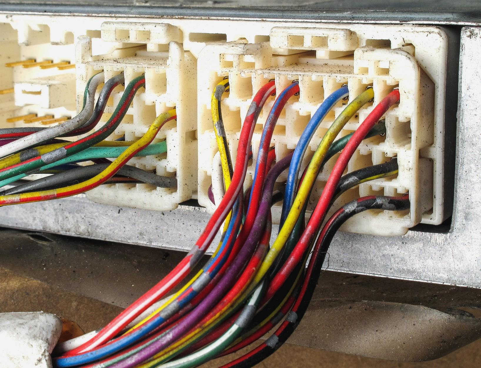 Elektrosicherheit bei Aluminiumleitungen - WEKA MEDIA