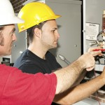Auszubildende im Elektrohandwerk