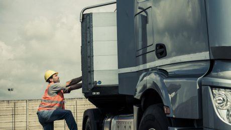 Unterweisungen für Gefahrgutfahrer
