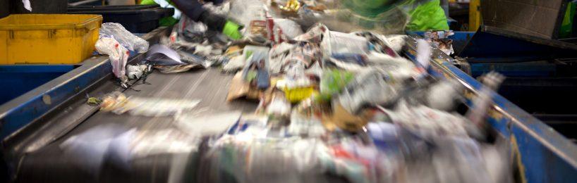 Fließband Müllsortieranlage