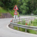 Steinschlaggefahr: Wie weit geht die Straßenverkehrssicherungspflicht?