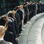 Das Hinausschieben der Umsetzung der ISO 9001:2015 kann wegen Engpässen zum Problem werden