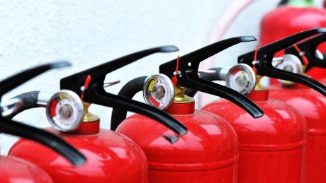 Den richtigen Feuerlöscher kaufen: neues Merkblatt des bvfa hilft dabei