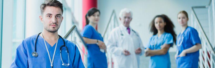 Ärzte und Pfleger im Krankenhaus