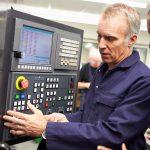 Für welche elektrotechnischen Arbeiten dürfen EuPs und Laien eingesetzt werden?
