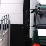 Die meisten Lkw-Fahrer müssen Ihr Fahrzeug an der Rampe selbst entladen.