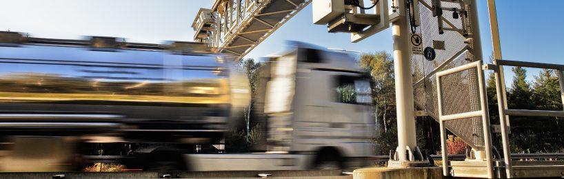 Der Ladungs-Verbund Elvis betont Unwägbarkeiten für Transportbranche durch Maut auf Bundesstraßen.