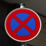 Halteverbotsschilder Engstelle nach StVO
