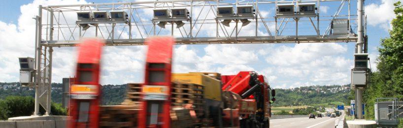 Auch die Lkw-Maut auf Bundesstraßen wird von der Toll Collect abgerechnet.