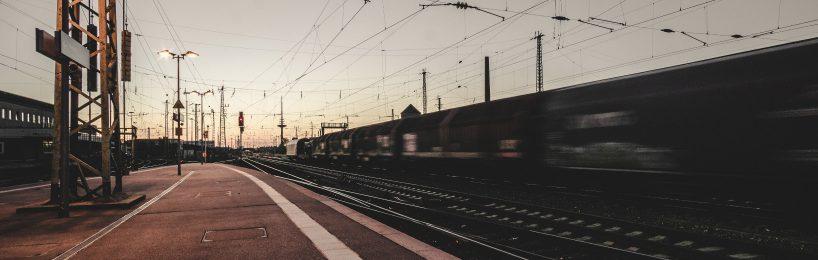 Auch das noch: Die Bundesnetzagentur ist mit dem neuen Anreizsystem der Bahn nicht einverstanden. Das erleichtert die Krise der Bahn nicht gerade!