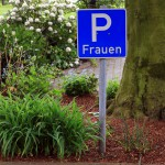 Ausweisung von Frauenparkplätzen