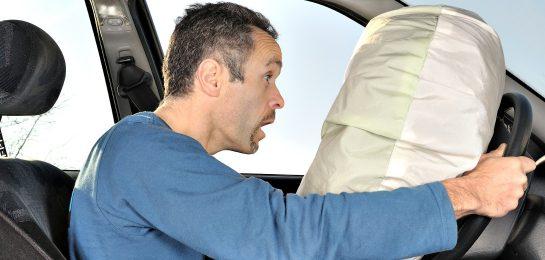 Der Autozulieferer Takata kam ohne Kartellstrafe davon, weil er der EU-Kommission vom Kartell in der Autozulieferindustrie berichtet hatte.