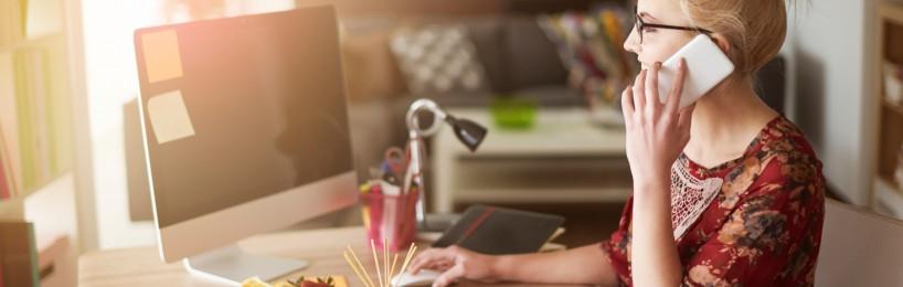 externer Bildschirm, extra Tastatur und extra Maus: Wichtige Voraussetzungen für den Arbeitsschutz im Homeoffice