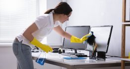Gefahrstoffe im Büro bei Reinigungsarbeiten