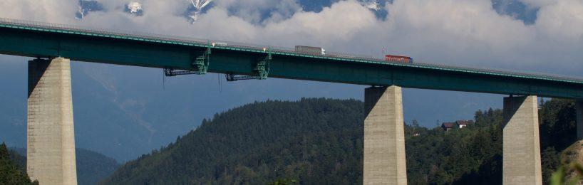 Österreich will den Alpentransit mit dem Lkw am Januar 2020 drastisch begrenzen.