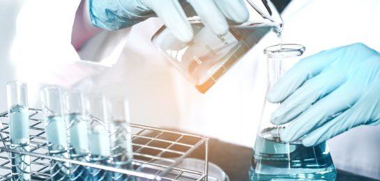 Umgang mit Gefahrstoffen im Labor