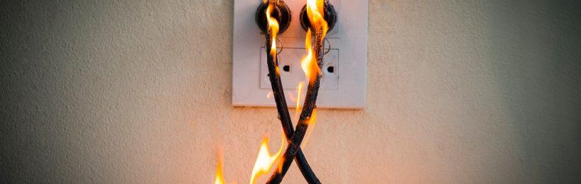 Kabelbrand direkt an der Steckdose