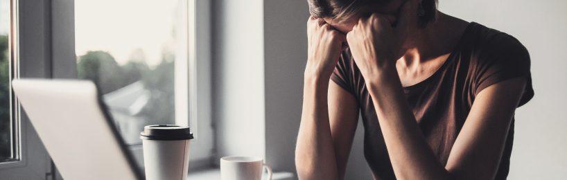 Arbeit wirkt sich auf die Psyche aus. Die Gefährdungsbeurteilung Psychischer Belastung geht den Arbeitsbedingungen am Arbeitsplatz nach.