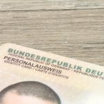 Welche Vorgaben gibt es für die Unterschrift im Personalausweis?